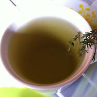 Thyme Tea: Good for Cough and Acne?